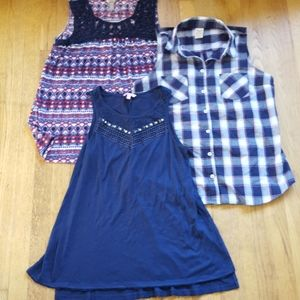 Bundle of summer tops L